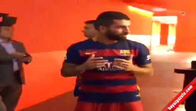 barcelona - Arda Turan'ın, Camp Nou'da dua ettiği anlar