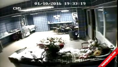 deprem - Deprem anında yaşanan panik kameraya yansıdı