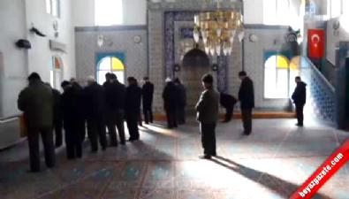 Caminin kıblesinin yanlış olduğu 60 yıl sonra farkedildi