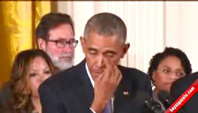 Obama gözyaşlarına boğuldu