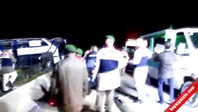 Mültecileri taşıyan otobüs takla attı: 8 ölü