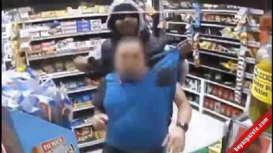 Markete giren soyguncu böyle görüntülendi