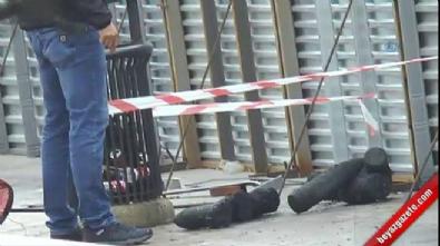 Kadıköy'de kazı çalışmasında top mermileri bulundu