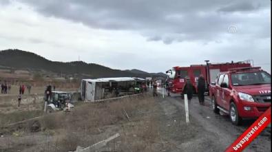 Denizli'de yolcu otobüsü devrildi