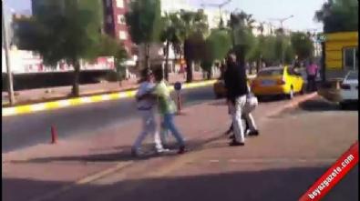 mersin - Tacizciyi dövüp polise teslim ettiler