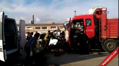 Kamyon ile otomobil çarpıştı: 4 ölü, 1 yaralı