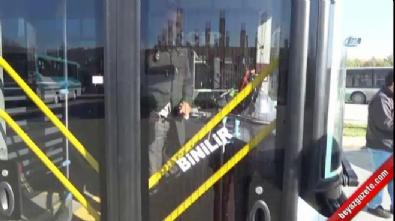 Ön kapıdan inemeyen yolcu otobüs şoförüne saldırdı