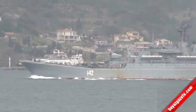 İki Rus savaş gemisi Çanakkale Boğazı'ndan geçti