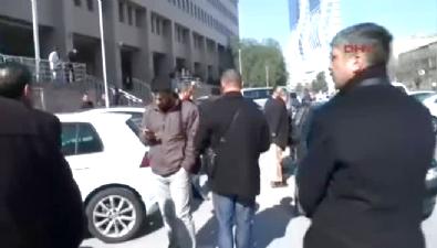 İzmir'de hakim PKK yandaşı avukatları susturdu!