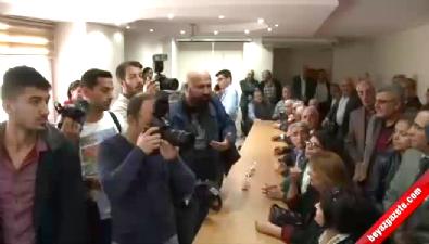 CHP'nin basın toplantısında kriz