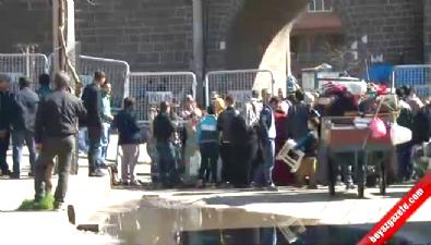 Diyarbakır'da Sur'a Çıkan Tüm Yollar Kapatıldı