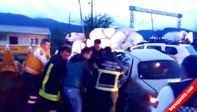 Salihli'de Feci Kaza: 5 Ölü, 2 Yaralı