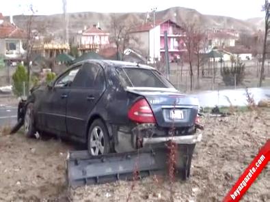 Aksaray'ın AK Partili Ağaçören İlçe Belediye Başkanı Tuncay Atak'ın Kullandığı Araç Takla Attı