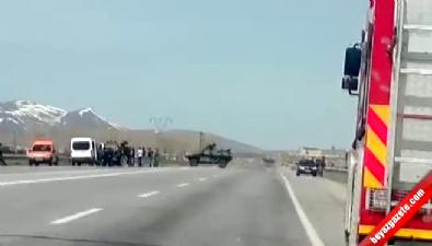Erciş'te Bomba Yüklü Kamyonet Ele Geçirildi... Karayolu Ulaşıma Kapatıldı
