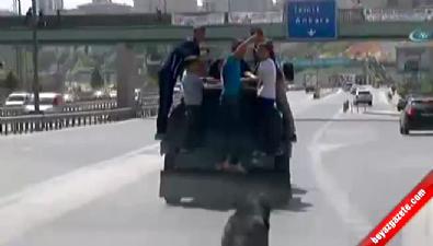 6 çocuğun İstanbul trafiğinde tehlikeli yolcuğu
