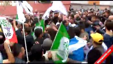 abdullah ocalan - 'Öcalan' posteriyle alana girmek isteyen HDP'li gruba müdahale