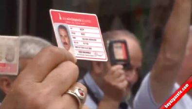 İzmirli emekliler belediyeyi protesto etti
