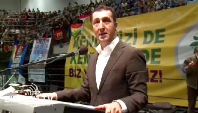 Cem Özdemir PKK flamaları alrında HDP'ye oy istedi!