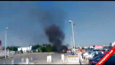 Atatürk Havalimanı'nda araç yangını