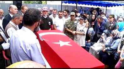 Şehit Uzman Çavuş Murat Durmaz Trabzon'da son yolculuğa uğurlandı
