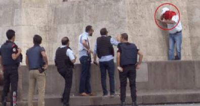 Ankara Ulus'ta korkutan intihar girişimi