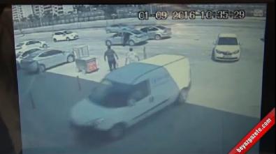 Kavgada bıçaklandıktan sonra otomobil sürdü kan kaybından öldü