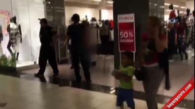 Hırsızlıkla suçlanınca genç kadın mağazanın ortasında soyundu