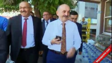 Bakan Müezzinoğlu CHP teşkilatını ziyaret etmek istedi ama...