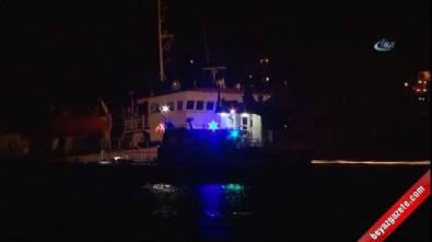 Zeytinburnu açıklarında gemi batıyor