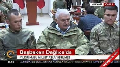 Başbakan Dağlıca'da Mehmetçiği ziyaret etti