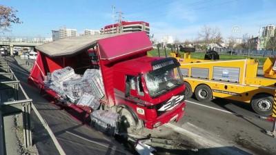 Bahçelievler'de zincirleme trafik kazası: 2 yaralı - İSTANBUL
