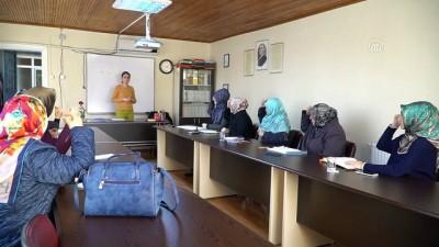 İşitme engellilere Kuran öğretmek için işaret dili öğreniyorlar - TEKİRDAĞ