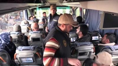 Suriyelilere 'Yol izin belgesi' kontrolü - ŞANLIURFA