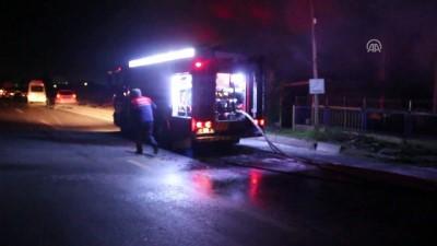 Tır ile otobüs çarpıştı - Olay anı - ADANA