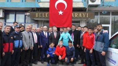 Ampute Milli Takım'ın gazi kaptanı Osman Çakmak memleketi Tokat'ta