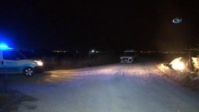 Ehliyetsiz sürücü polisten kaçarken kaza yaptı