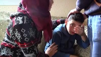 """- İsrail Askerlerinin Gözaltına Aldığı Fevzi'nin Babası İHA'ya Konuştu - Muhammed Al-junaidi: - """"filistinliler İçin Ev Diye Bir Şey Yok, Sadece Hapis Ve Şehitlik Var"""""""