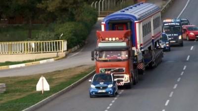 Antalya'ya raydan önce tren geldi...Trenin karayolundaki yolculuğu havadan görüntülendi