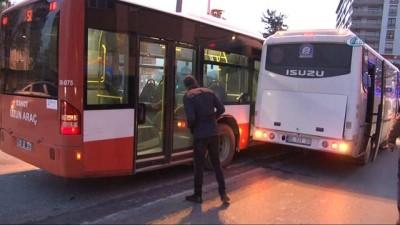 Freni boşalan servis minibüsü belediye otobüsüne çarparak durabildi: 13 yaralı