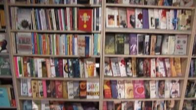 argo -  Çöpten topladıkları 4020 kitap ile kütüphane kurdular