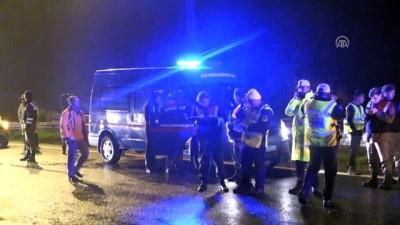 Germencik'te otomobil kamyona çarptı: 3 ölü, 1 yaralı (2) - AYDIN