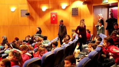Köydeki öğrenciler tiyatro ile buluşturuluyor - MARDİN