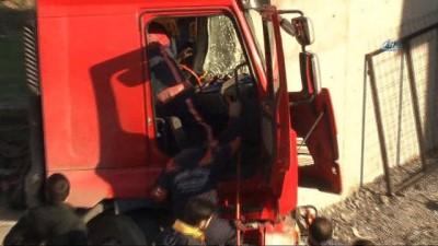 Esenyurt'ta hafriyat kamyonu içinde can pazarı