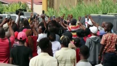 Liberya'da devlet başkanlığı seçiminin ikinci turu - Başkan adayı George Weah oyunu kullandı - MONROVIA