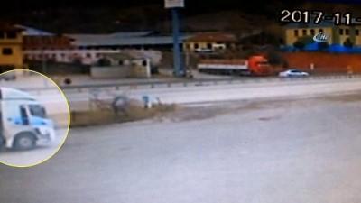 250 Bin TL'lik emanet sıvı yağı satmaya çalışan 2 kişi Tosya'da yakalandı