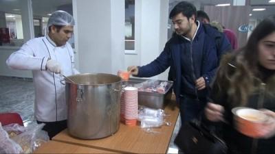 Öğrencilere sınav haftası çorba ikramı