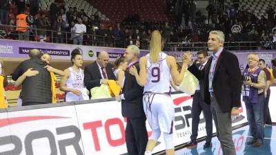 Yakın Doğu Üniversitesi kupasını aldı - GAZİANTEP