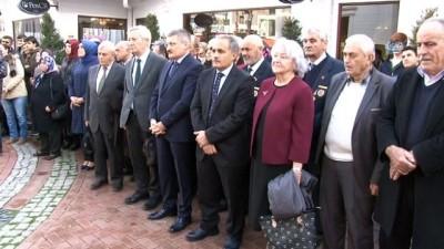 Mehmet Akif Ersoy'un kişiler eşyaları bu sergide