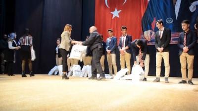 Yüksekova'da öğrenci ve sporcular için 2,5 milyon lira harcandı - HAKKARİ