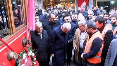 Beyoğlu'nun simgesi Nostaljik Tramvay seferlere başladı